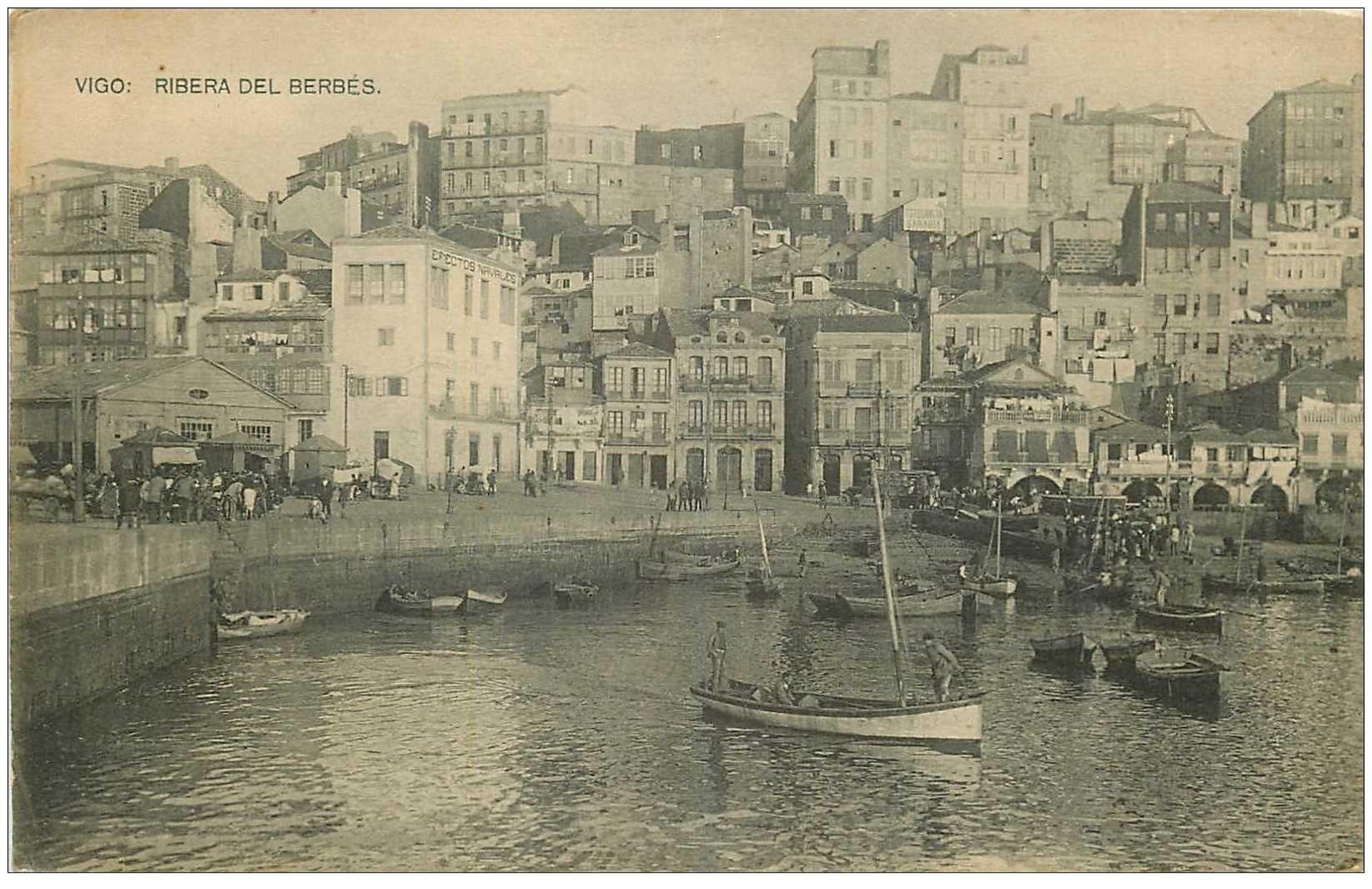 carte postale ancienne ESPAGNE. Vigo. Ribera del Berbes barques de Pêcheurs