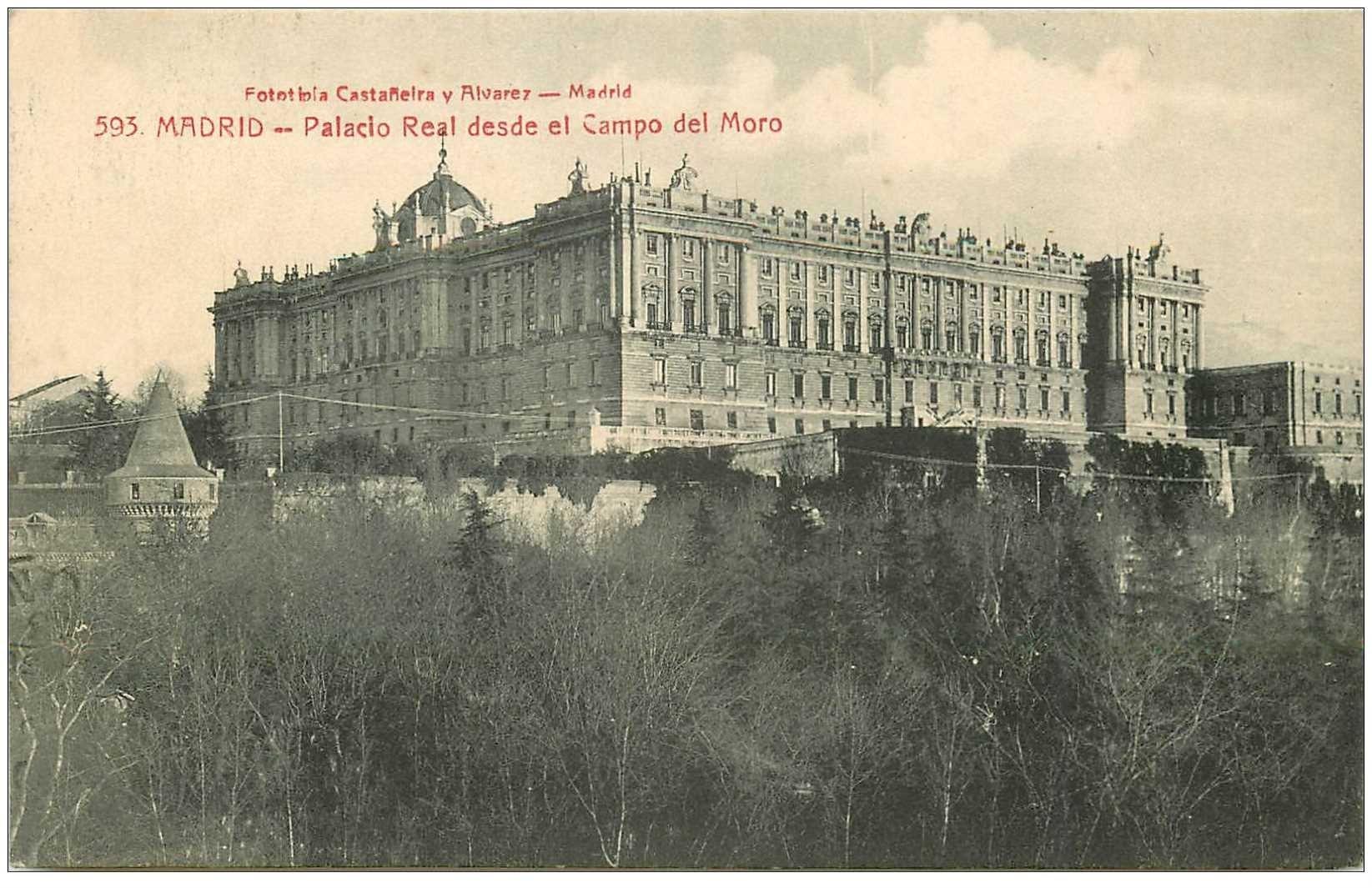 carte postale ancienne MADRID. Palacio Real desde el Campo del Moro 1913