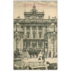 carte postale ancienne MADRID. Puerta del Palacio Real Plaza de Armas