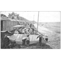 carte postale ancienne 14 SAINT-AUBIN. Les Cabines 1911 et le Bain. Pli coin