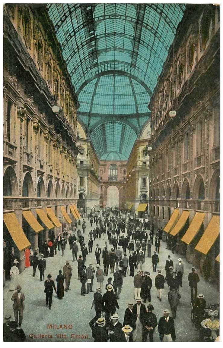 carte postale ancienne ITALIA. Milano. Galleria Vittorio Emanuele 1919