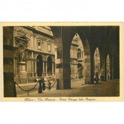 carte postale ancienne ITALIA. Milano. Via Mercanti Palazzo della Ragione