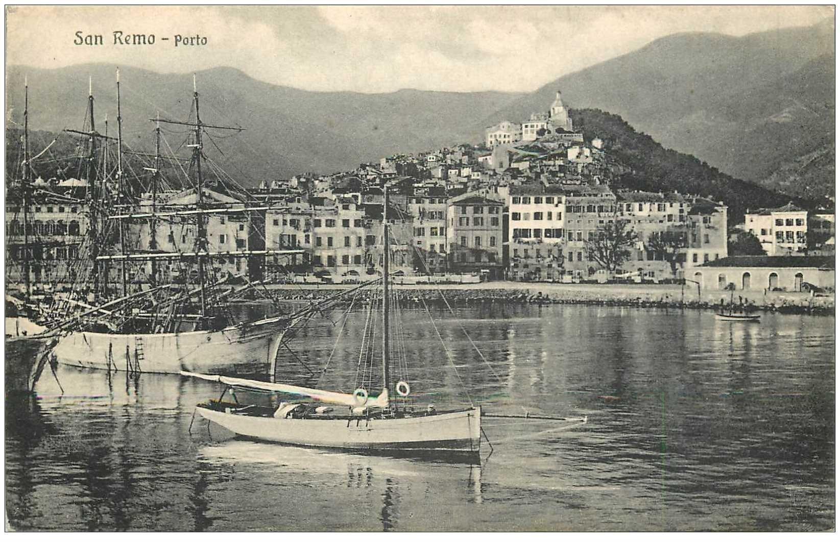 carte postale ancienne ITALIA. San Remo. Porto