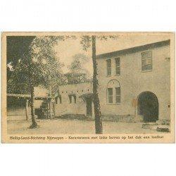 carte postale ancienne PAYS BAS. Heilig Land Stichting Nijmegen. Karavansera met links boven op het dak een loofhut 1947