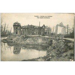 carte postale ancienne 02 PINON. Entrée du Château