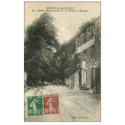 carte postale ancienne 14 THURY-HARCOURT. Le Restaurant de la Roche à Bunel et Pompe à Essence Moto Naphta 1927
