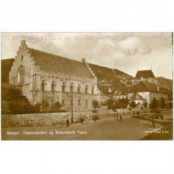 carte postale ancienne NORVEGE. Bergen Haakonshallen og Walkendorfs Taarn. Palais et Tour. Photo carte postale