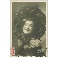 carte postale ancienne PAUL BOYER. Comédienne Spectacle et Thétre. Jeune Fille avec superbe chapeau d'Epoque 1904