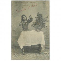 carte postale ancienne ENFANTS. Augustine Prospérité et Santé 1905