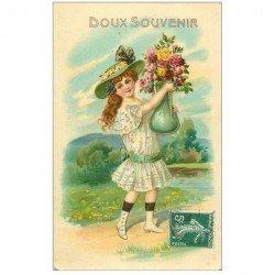 carte postale ancienne ENFANTS. Doux souvenir jeune fille avec vase et fleurs 1908