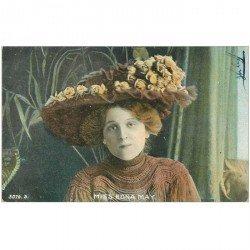 carte postale ancienne FEMMES. Beau chapeau de Miss Edna May 1905