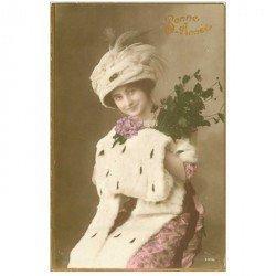 carte postale ancienne FEMMES. Bonne Année 1915 chapeau et étole en fourrure