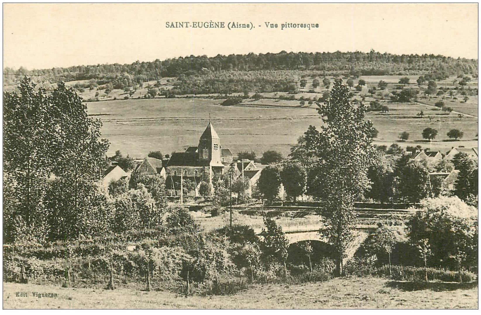 carte postale ancienne 02 SAINT-EUGENE. Vue du Village