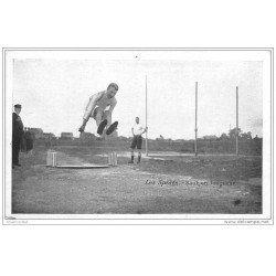 carte postale ancienne LES SPORTS. Athlétisme. Saut en longueur