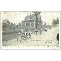 carte postale ancienne Sports Cyclisme. Course de bicyclettes sur Route. Edition Pécaud