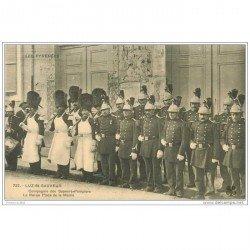 carte postale ancienne METIERS SAPEURS POMPIERS. Luz-Saint-Sauveur. Revue Place de la Mairie
