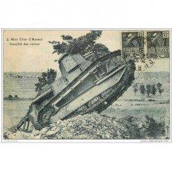 carte postale ancienne CHAR D'ASSAUT. Tank qui franchit des ruines 1931