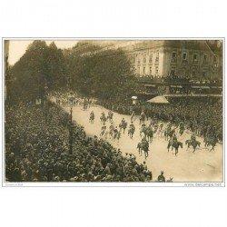 carte postale ancienne FETES DE LA VICTOIRE 1919. Les Marocains à l'Opéra 1921. Armée et Militaires