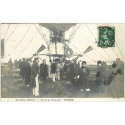 carte postale ancienne TRANSPORTS. Aérostation Militaire. Nacelle du Dirigeable Partie Zeppelin 1907.