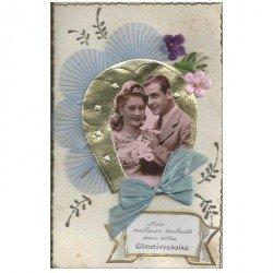 carte postale ancienne Superbe Carte à système avec Couple en photo médaillon et noeud en tissu