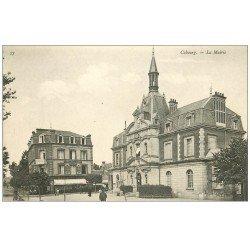 carte postale ancienne CABOURG 14. Mairie et Hôtel de la Poste 1909