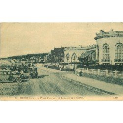 carte postale ancienne 14 DEAUVILLE. La Plage fleurie. Terrasse et Casino 1927