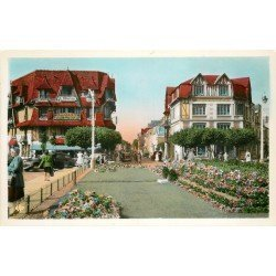 carte postale ancienne 14 DEAUVILLE. Hôtel Place Morny. Real Photo