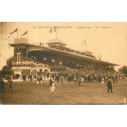 carte postale ancienne 14 DEAUVILLE. Hippodrome. Champ de Courses les Tribunes 1930