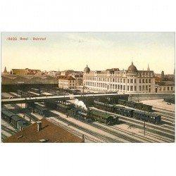 Suisse. BASEL. Bahnhof Trains dans la Gare