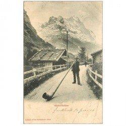 Suisse. ALPHORNBLASER. Un Joueur de Cor des Alpes géant 1906
