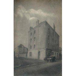 35 RENNES. Voiture devant le Café Rue de Paris face à l'Imprimerie Oberthur. Rare photo carte postale ancienne