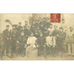 51 CAMP DE MOURMELON. Militaires Poilus du 106 Régiment. Photo carte postale 1909