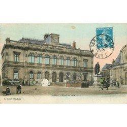 02 LAON. Kiosque à musique en bois et Hôtel de Ville avec Nettoyeur de rues 1926