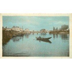 49 CHATEAUNEUF-SUR-SARTHE. Pêcheur sur la Rivière en aval du Pont 1948
