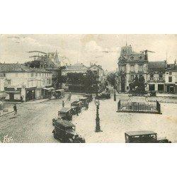 16 COGNAC. Taxis sur la Place François Ier avec Pâtisserie et Boucherie Parisienne 1940