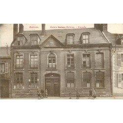 80 AMIENS. Façade des Cours Sainte-Anne école 1932