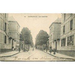 08 CHARLEVILLE. Lres Casernes Hardy et Dunesme 1919 avec militaires et Facteur
