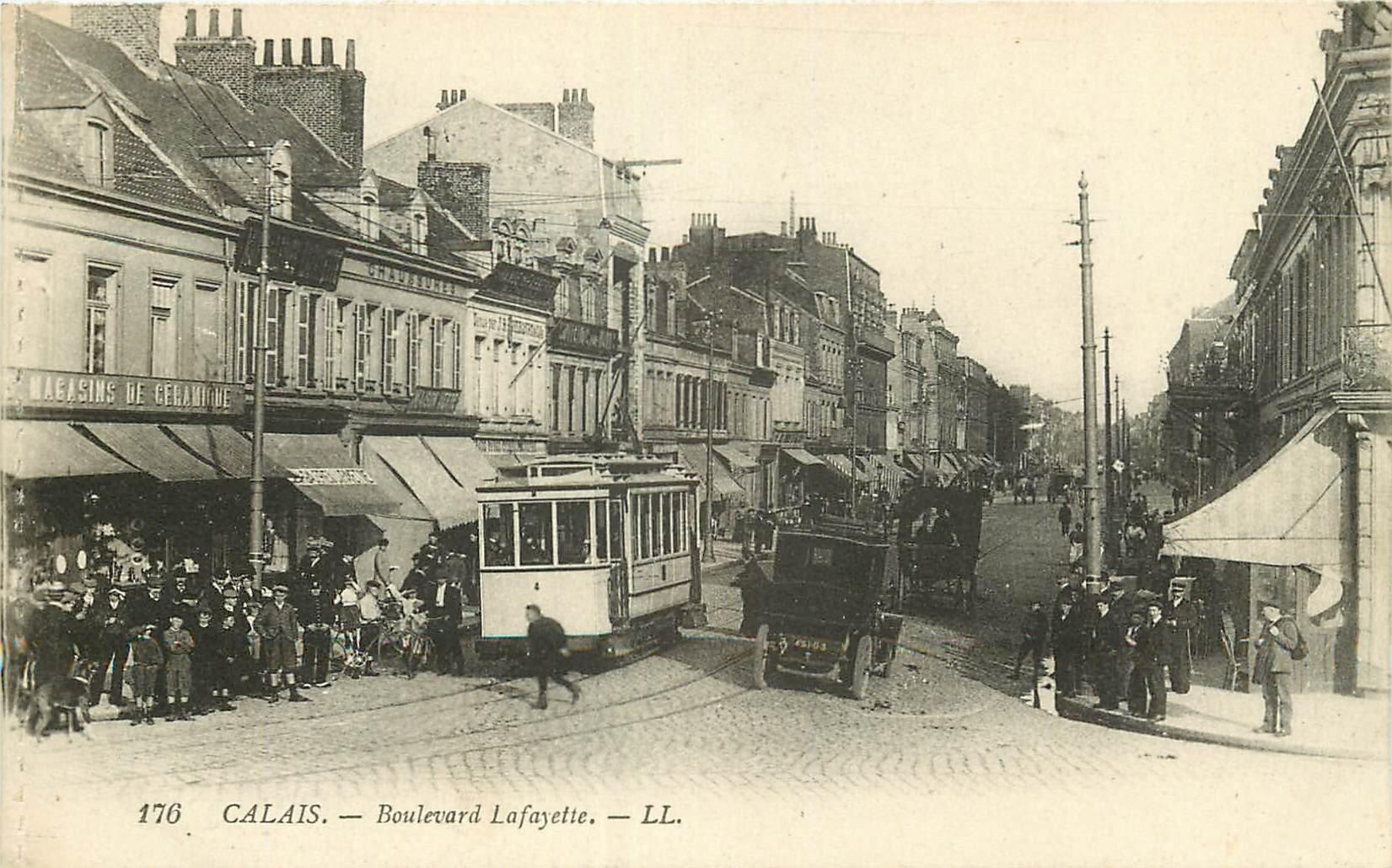 62 CALAIS. Les premiers Tramways électriques Boulevard Lafayette