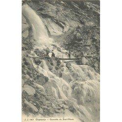 74 CHAMONIX. Touristes sur le Pont en bois vers Cascade du Nant-Blanc 1926