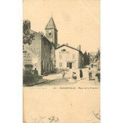 54 MALZEVILLE. Place de la Fontaine 1913 et vins Roche Robert