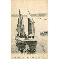 29 LOCQUIREC. Bateau de Pêche et Pêcheurs