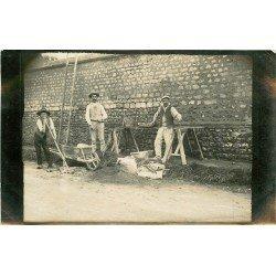 27 LES ANDELYS. Les Tarrassiers Maçons. Photo carte postale ancienne