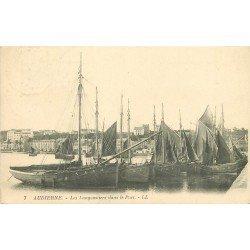 29 AUDIERNE. Les bateaux Langoustiers dans le Port 1923. Métiers de la Mer