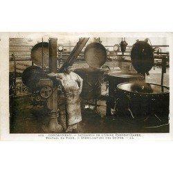 29 CONCARNEAU. Usine Provost-Barbe. Stérilisation des Boîtes de Thon. Photo carte postale