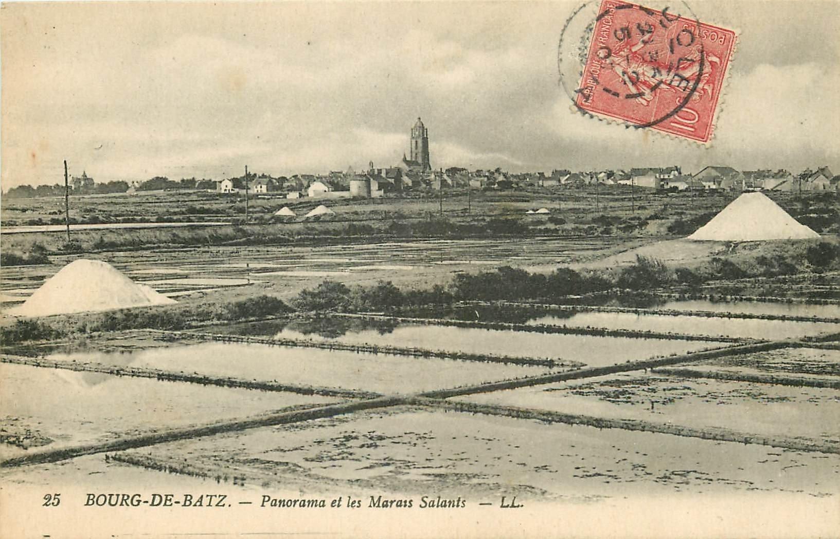 44 BOURG DE BATZ. Les Mulons des Marais Salants 1921