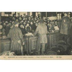 75001 PARIS. La Vente du Poisson à la Criée aux Halles Centrales 1915
