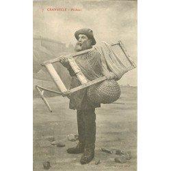 50 GRANVILLE. Pêcheur de Crustacé avec son tamis filet