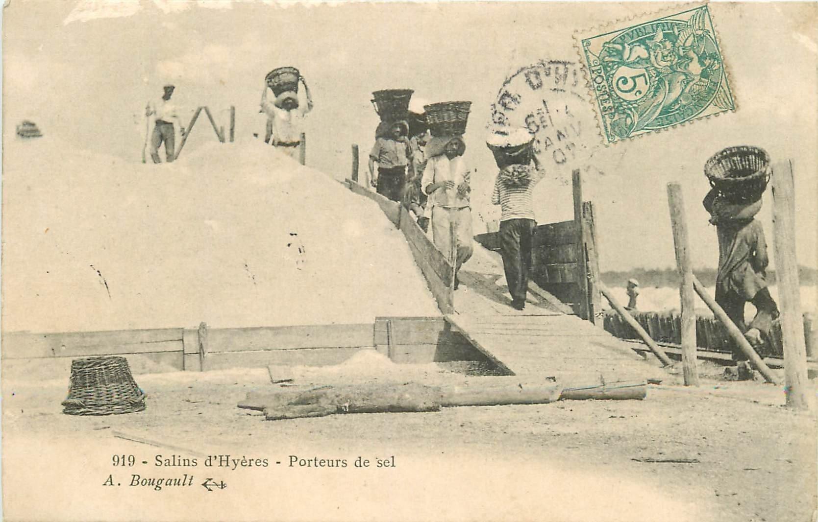 83 HYERES. Porteurs de sel aux Salins. Paludiers et Mulons 1907