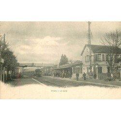 60 SAINT-LEU. Entrée du Train en Gare vers 1900