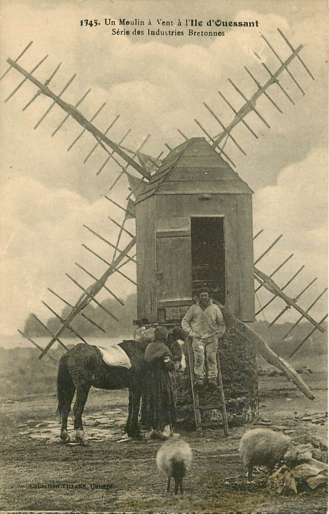 29 ILE OUESSANT. Un Moulin à Vent avec Bretonne et son cheval